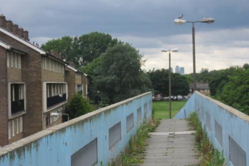 Footbridge over Harrow Manor Way